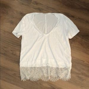 MONROW LACE TRIM WHITE V NECK TEE SIZE LARGE